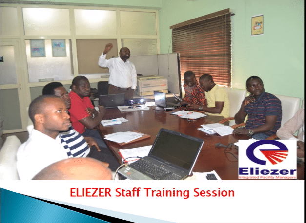 participants in a facility management training session