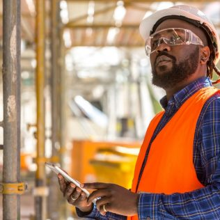 an image of an engineering worker | integrated engineering service company